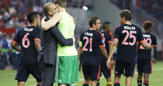 Bayern Münih komşuyu 3 golle devirdi