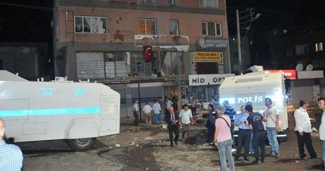 İzmir'de gergin gece, 6 kişi gözaltına alındı