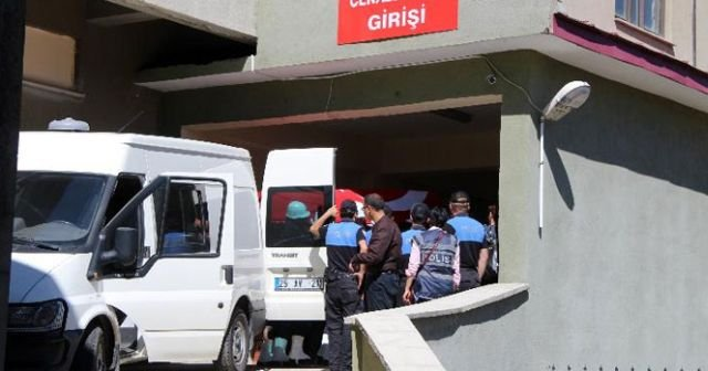 Şehit polisin cenazesi Erzurum'a getirildi