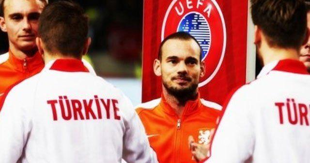 Sneijder Türkiye'ye gol atarsa sevinecek mi
