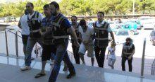 Aylan Kurdi'nin öldüğü botu ayarlayan 2 kişi tutuklandı