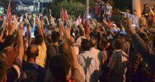 Hürriyet'e protestoda 9 gözaltı