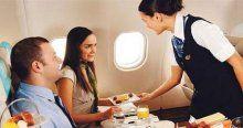 Uçakta fazla bekleyen yolcuya 'yeme-içme' hakkı