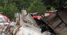 Rusya'ya ait yolcu uçağı düştü