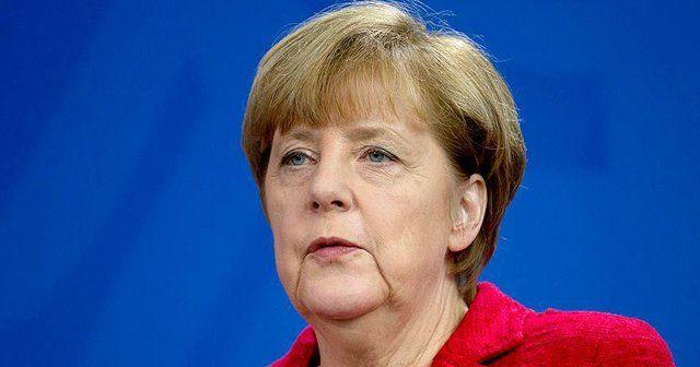 Merkel'den Türkiye'ye destek!