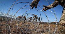 Tel örgüler sığınmacıları tehlikeye atıyor