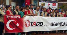 Türk doktorlar Uganda'da şifa dağıttı