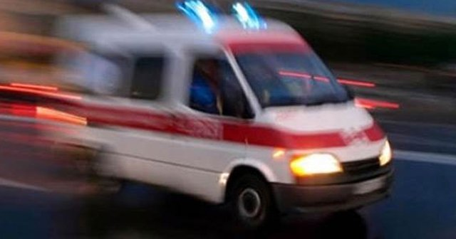 İdil'de PKK'lılar ambulans kaçırdı