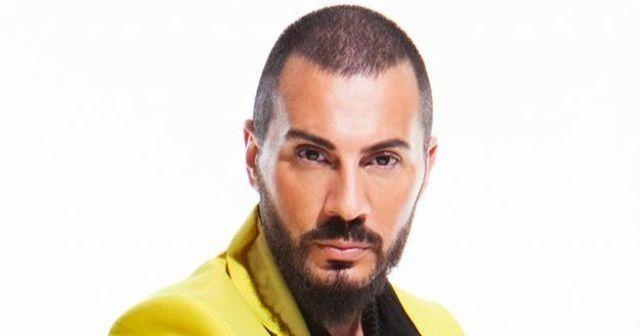 Ünlü şarkıcı Rober Hatemo Marmaray'a hayret ediyor