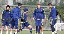 Fenerbahçe, Sivasspor hazırlıklarına ara vermeden başladı