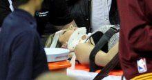 Lebron James'in üstüne düştüğü kadın hastanelik oldu