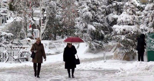 Bugün okullar tatil mi? Hangi okular tatil edildi - Kar yağışı sürecek mi, kar yağışı (İstanbul hava durumu)