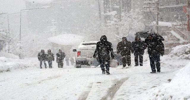Dikkat! Meteoroloji'den kuvvetli yağış ve kar uyarısı