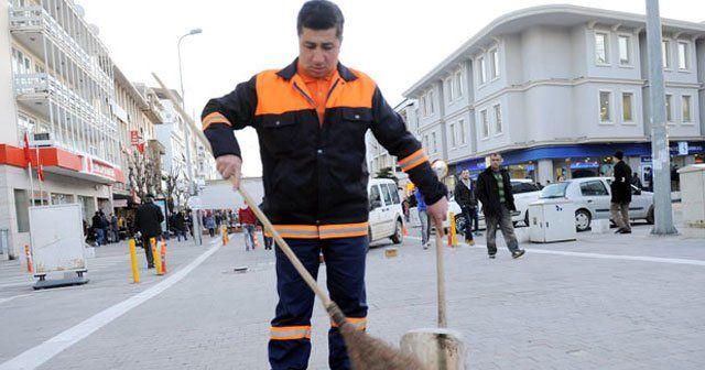Temizlik işçisinden örnek davranış