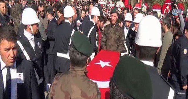 Şehit polis Hakan Yılmaz son yolculuğuna uğurlandı