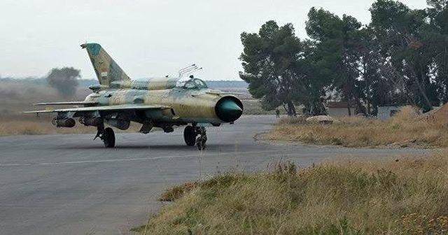 Suriye'nin savaş uçağı düşürüldü, pilotu öldürüldü