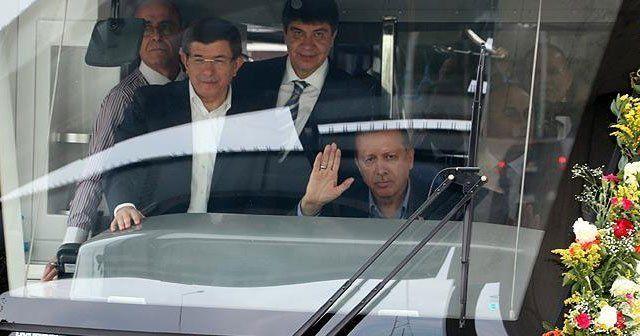 Cumhurbaşkanı Erdoğan ve Başbakan Davutoğlu'ndan test sürüşü