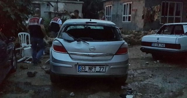 Tarsus'ta Conolarla mahalleliler arasında havga, 4 yaralı