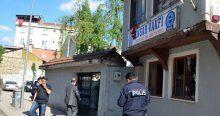 Ensar Vakfı İnegöl Şubesi'ne taşlı saldırı