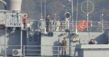 Kriz olan Rus gemisi yine Boğaz'dan geçti