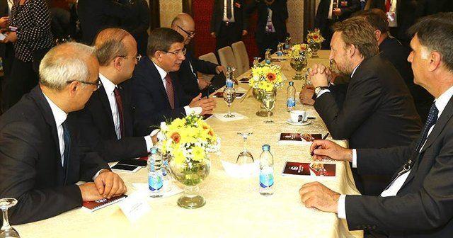 Davutoğlu, 'Türkiye, Bosna Hersek'in yanında olmaya devam edecek'