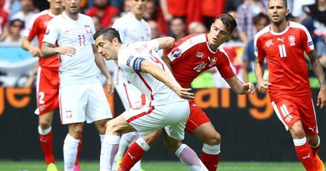 EURO 2016'da ilk çeyrek finalist Polonya oldu