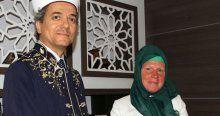 Alman hasta bakıcı Müslüman oldu