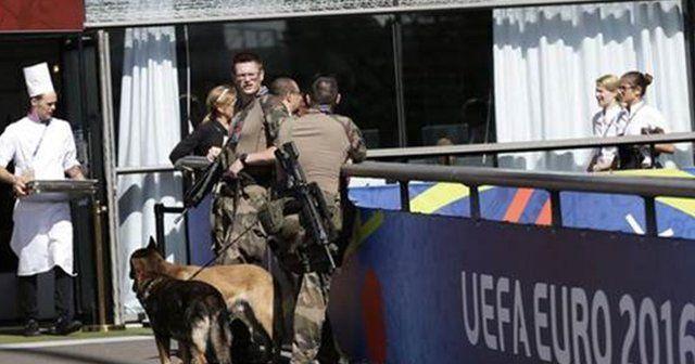 Fransa-Portekiz finali öncesi bomba alarmı