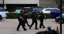 Dallas Emniyet Müdürlüğü'nde 'şüpheli şahıs' alarmı