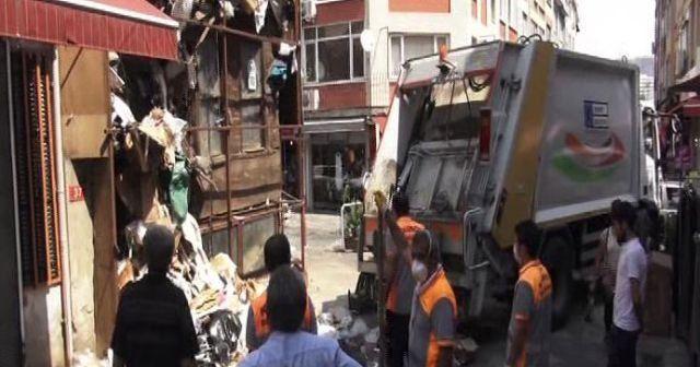 İstanbul Kadıköy'de çöp ev