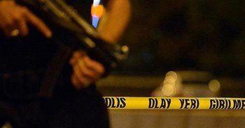 AK Parti binasına saldırı, 3 polis yaralı