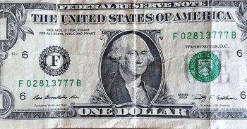 Urla'daki FETÖ operasyonunda 1 dolarlık banknotlar bulundu