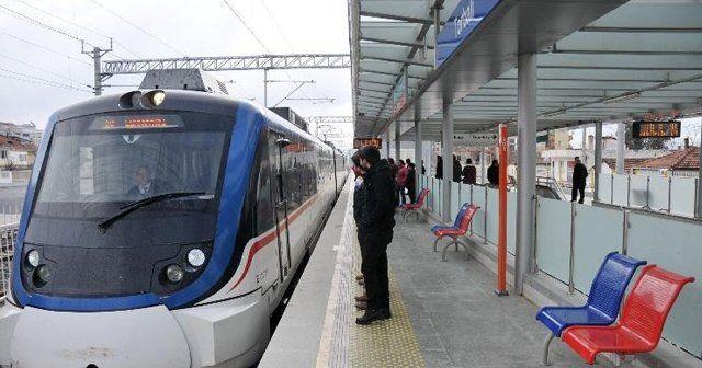 İzmir'de ulaşım krizi bitmiyor