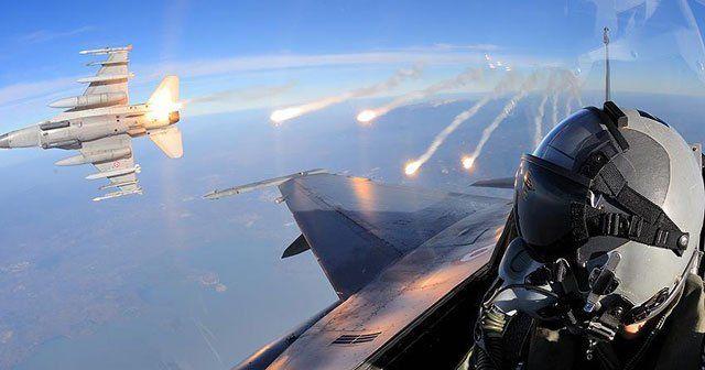 TSK, Kuzey Irak'ın kuzeyine hava harekatı düzenledi