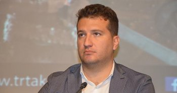 Diriliş Ertuğrul'un yapımcısı Bozdağ ödül törenini protesto etti