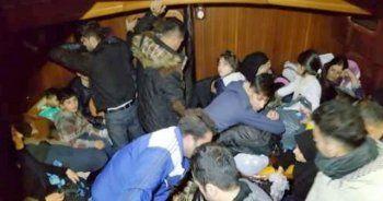 Karaya oturan tekneden 88 kaçak göçmen çıktı