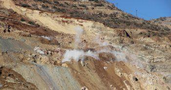 Madencileri arama çalışmalarında dinamit kullanıldı