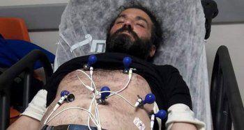 Oturan adam Halit Şahin 172 saat sonra hastaneye kaldırıldı