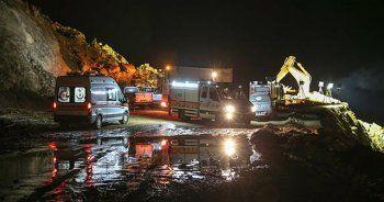 Siirt'te göçük altında kalanları 90 kişilik ekip aralıksız arıyor