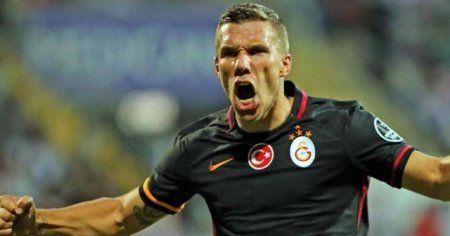Lukas Podolski'den Fenerbahçe derbisi öncesi mesaj