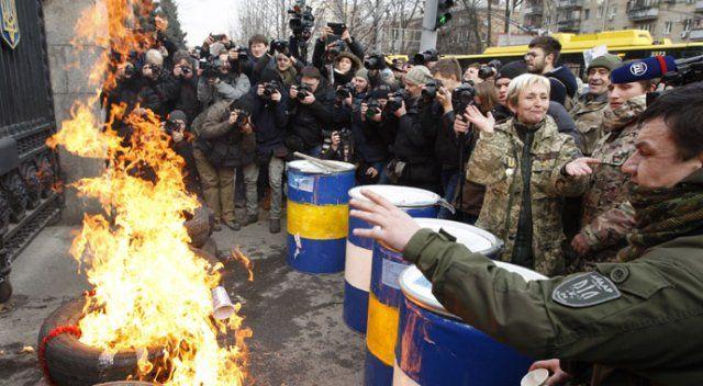 Ukrayna krizinde 10 bine yakın kişi öldü
