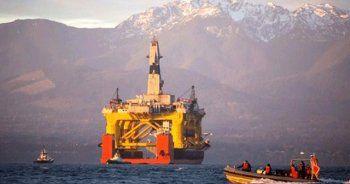 Obama 'dan çarpıcı karar, petrol faaliyetlerini süresiz dondurdu