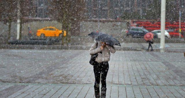 Son dakika haberleri! İstanbul'da beklenen kar yağışı başladı!