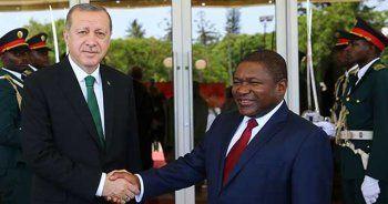 Erdoğan Mozambik'te iş adamlarına hitap etti