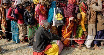 Hindistan'da festival dönüşü izdihamı: 6 ölü, 10 yaralı