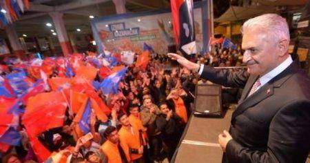 AK Parti referandumda 6 bin kişiyi koordine edecek