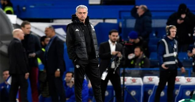 Mourinho'dan Chelsea taraftarına cevap