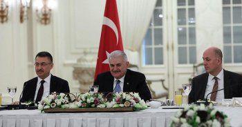 Başbakan Yıldırım yabancı medya temsilcileriyle buluştu