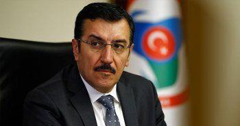 Başörtüsü kararına Türkiye'den ilk tepki