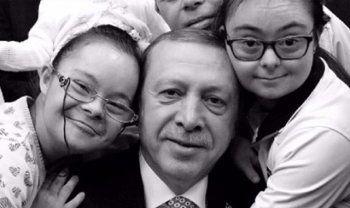 Cumhurbaşkanı Erdoğan Down sendromlu çocukları unutmadı